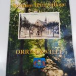 """Le livre """"Histoire d'un village"""" disponible à la bibliothèque"""